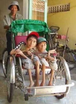 Anh Trang Nhan Hoi Anh Orphanage